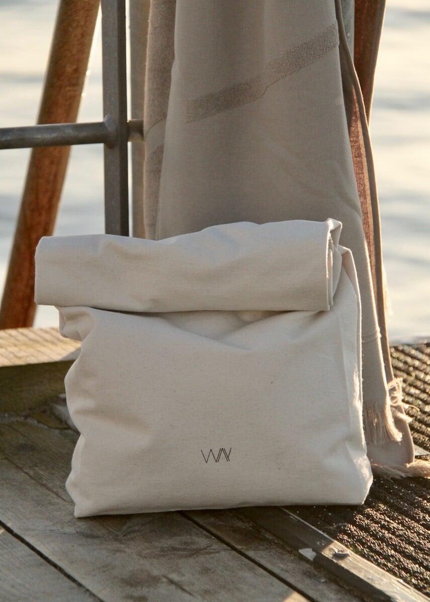 WAY beach towel bag in organic cotton with grey towel